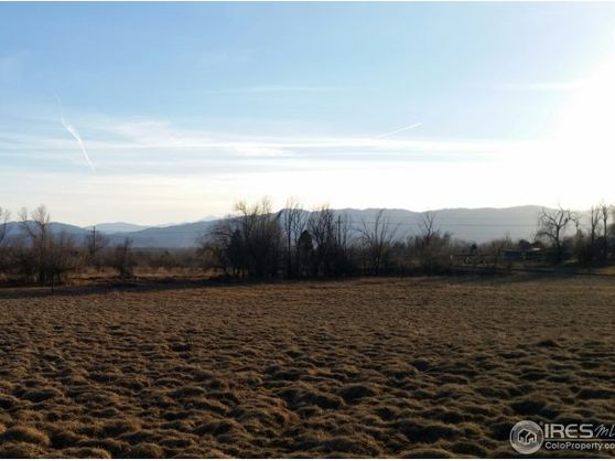 647 Country Club Road Photo 1