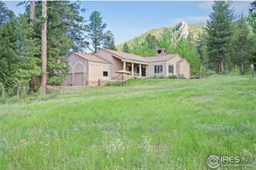 3333 Rockwood Lane Estes Park, CO 80517 - Image 1