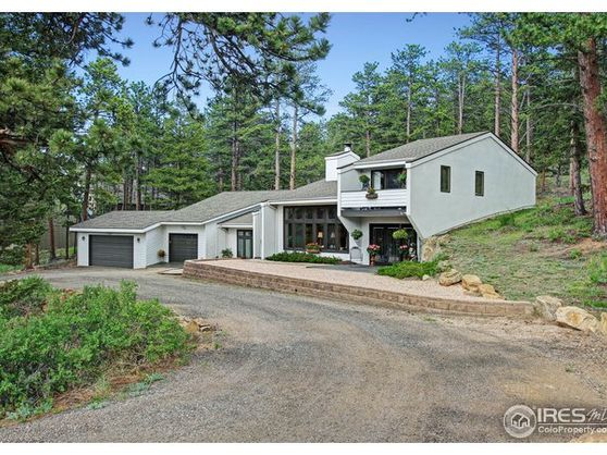 370 Whispering Pines Drive Photo 1