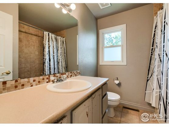 1141 Red Oak Court Fort Collins, CO 80525 - Photo 16
