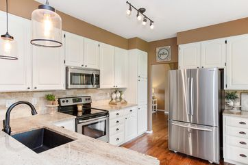 8019 Park Hill Drive Fort Collins, CO 80528 - Image