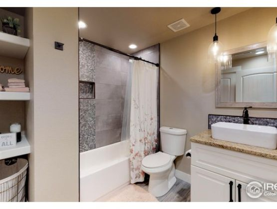2033 Kerry Hill Drive Fort Collins, CO 80525 - Photo 27