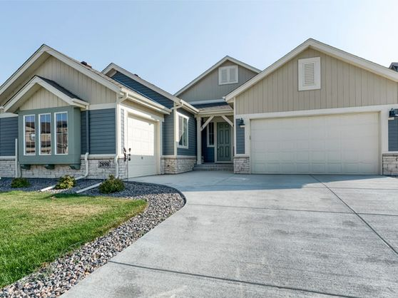 2898 Pawnee Creek Drive Loveland, CO 80538