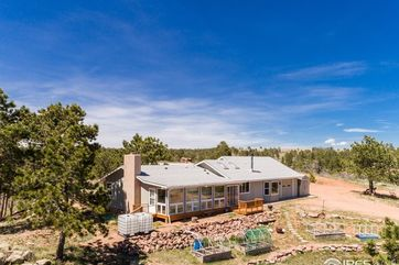 7246 Red Mountain Road Livermore, CO 80536 - Image 1