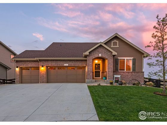 2127 Longfin Court Windsor, CO 80550