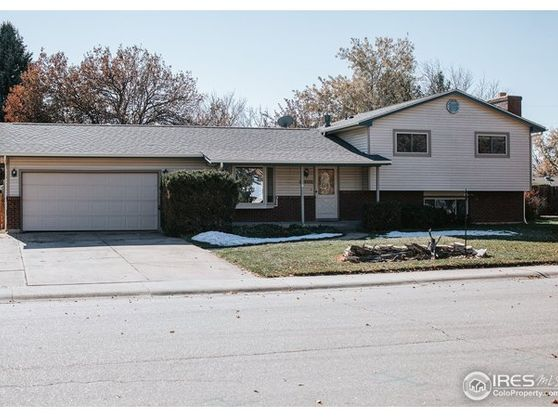 2433 Sheffield Circle Photo 1