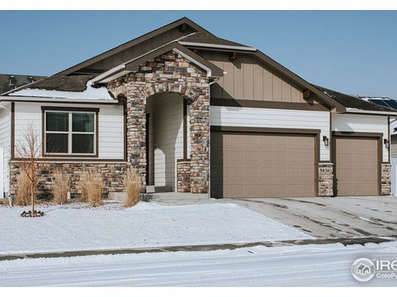 5830 Clarence Drive Photo 1