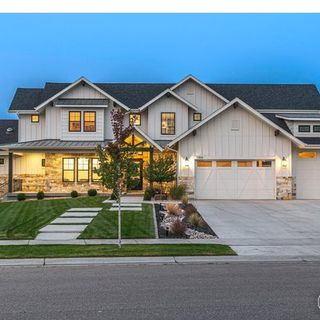 5866 Sunny Crest Drive Timnath, CO 80547