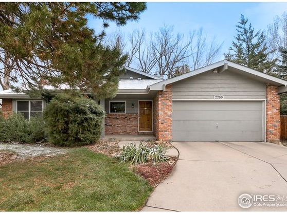 2200 Apache Court Fort Collins, CO 80525