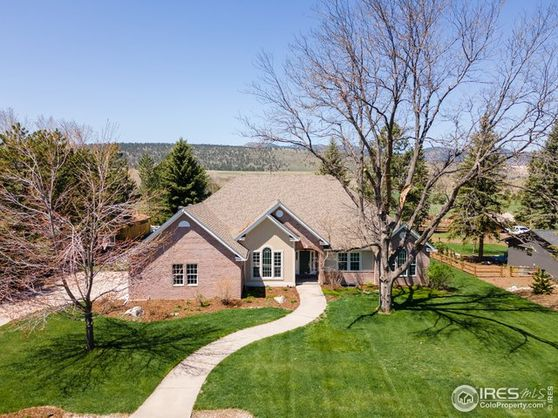 3301 Moore Lane Fort Collins, CO 80526