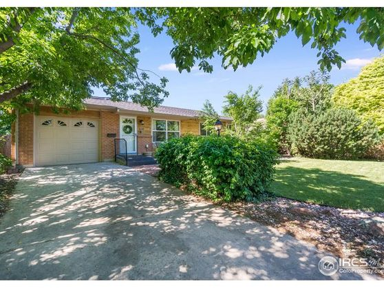 806 Madrone Drive Photo 1